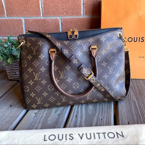 Louis Vuitton Handbags - Louis Vuitton Pallas Noir Monogram Canvas Tote Bag